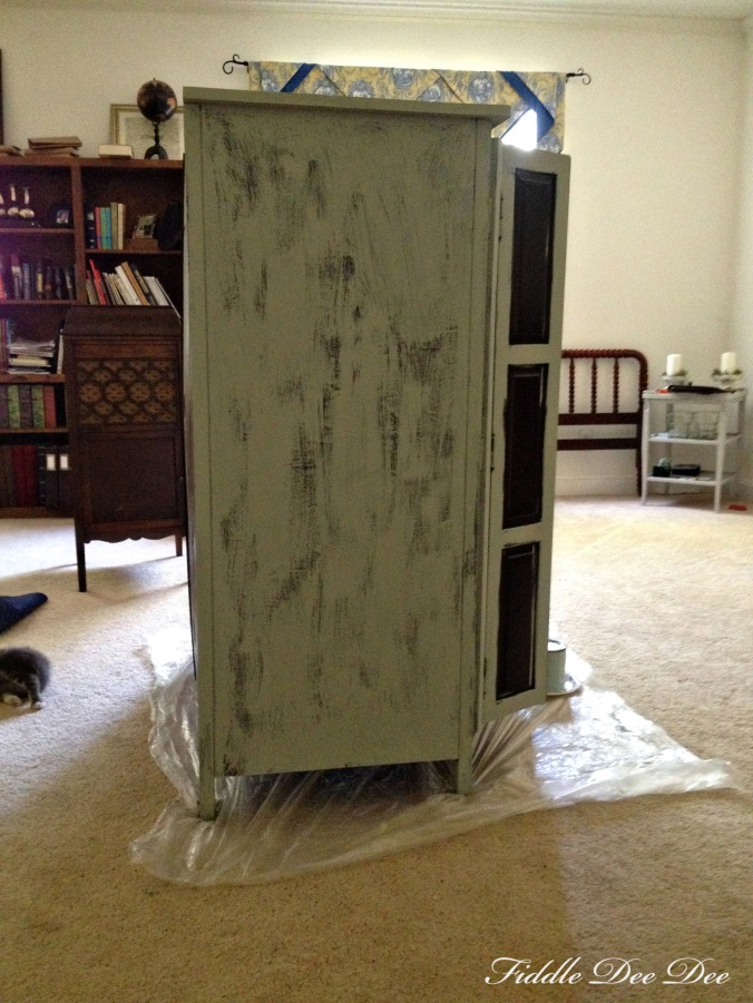 The first layer of paint on the wardrobe
