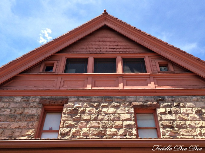 The simple back view of the Molly Brown House