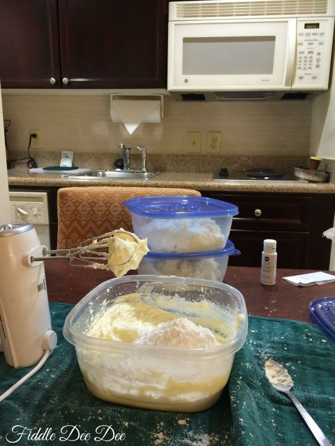 Ever made buttercream icing in a hotel room?  Me either, but I love the kitchen at Montgomery's Homewood Suites as it made a great place to do last minute prep!
