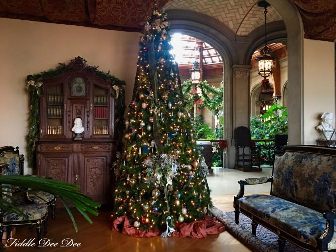 biltmore-christmas-9-ohfiddledeedee-com