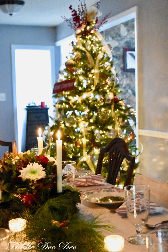 Dining-Room-Christmas | oh-fiddle-dee-dee