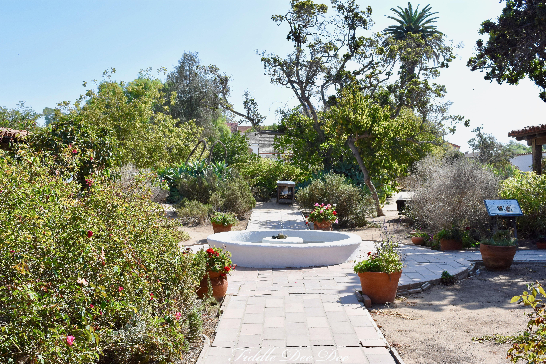 Old-Town-Casa-Courtyard | ohfiddledeedee.com