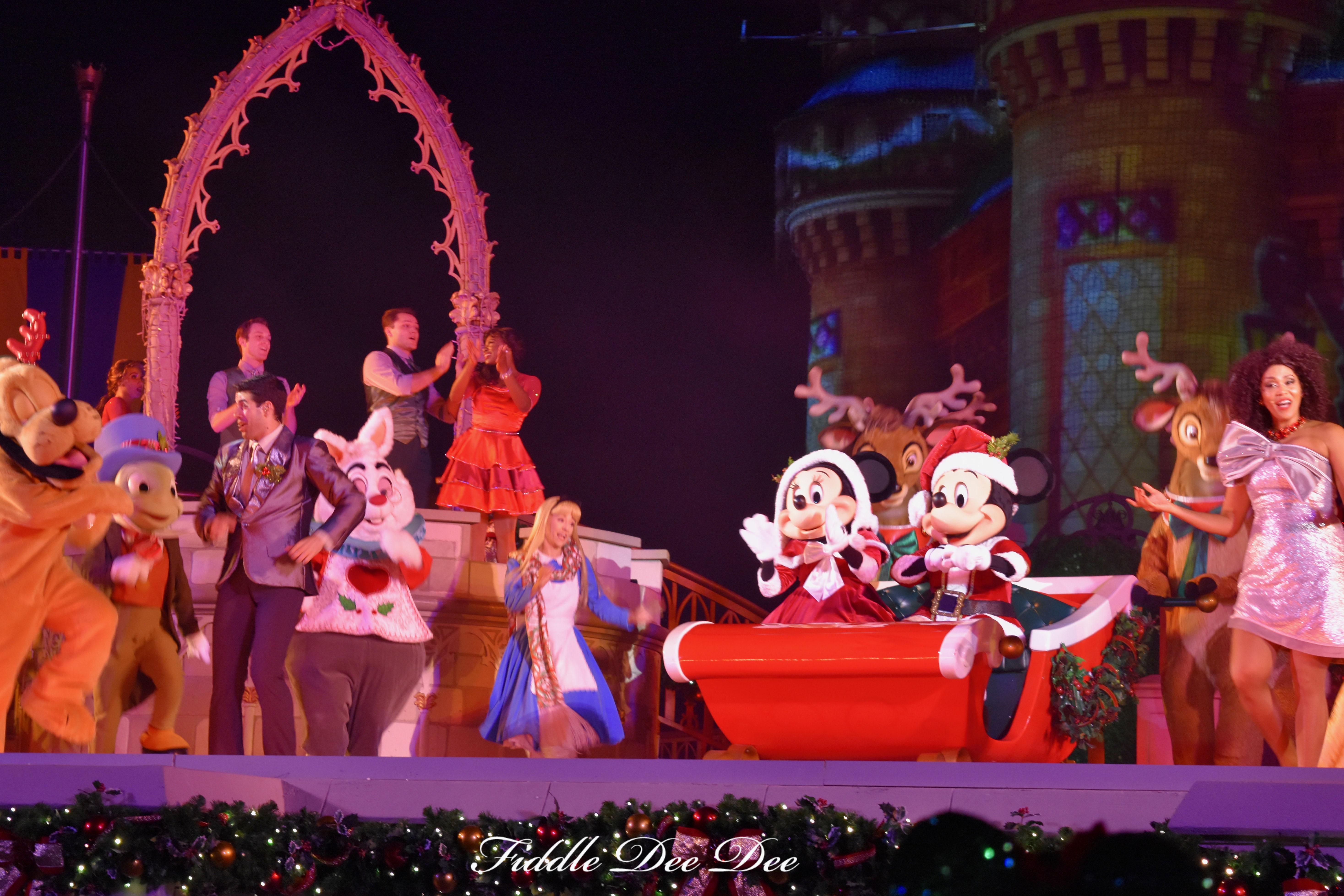 Disney-Christmas-Celebration | Fiddle Dee Dee