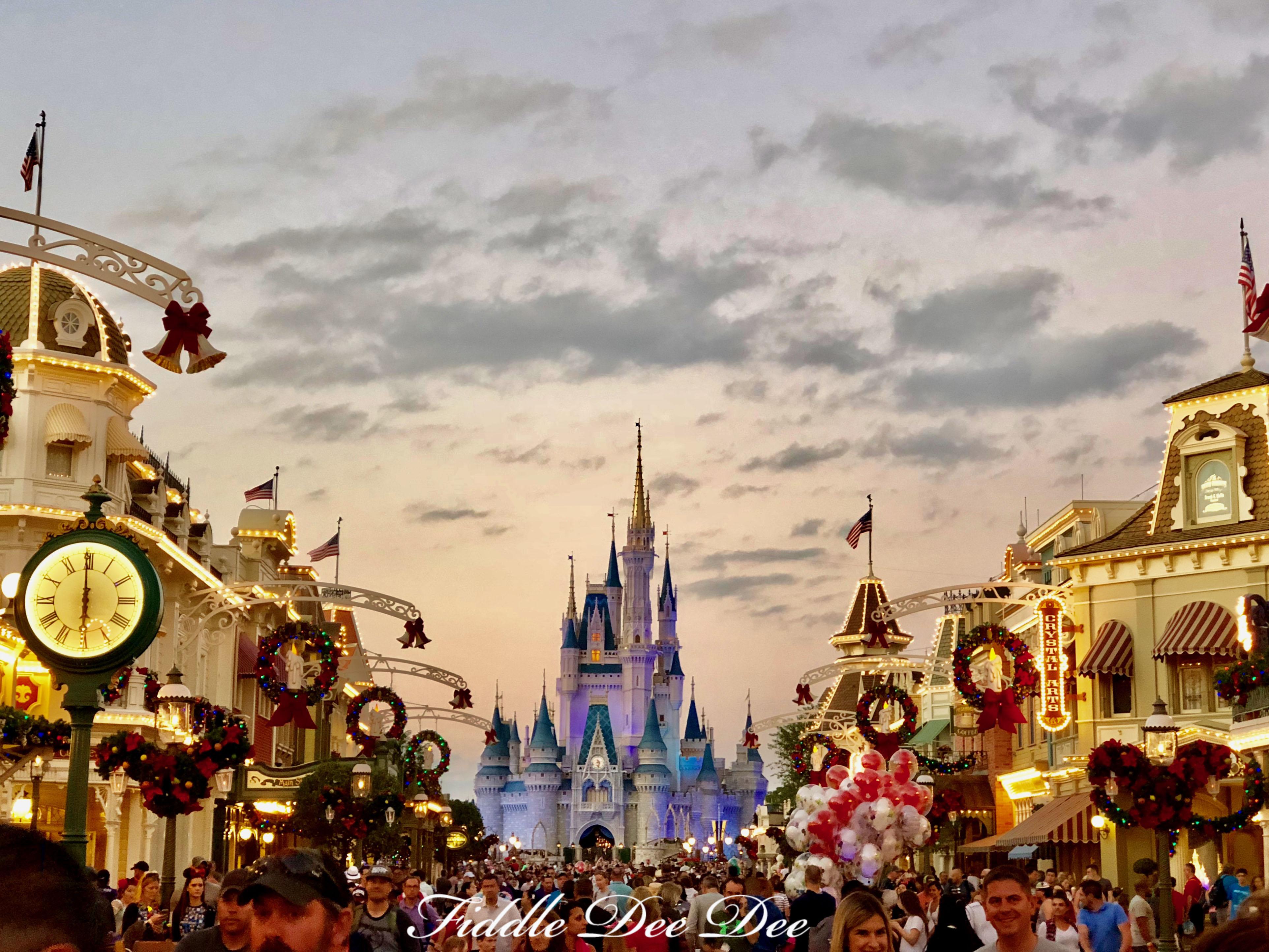 Disney-Main-Street-USA | Fiddle Dee Dee