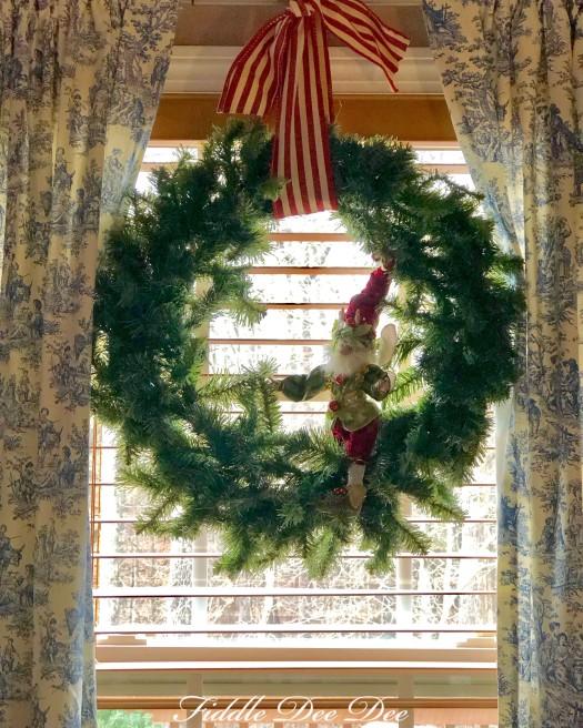simple-christmas-wreath