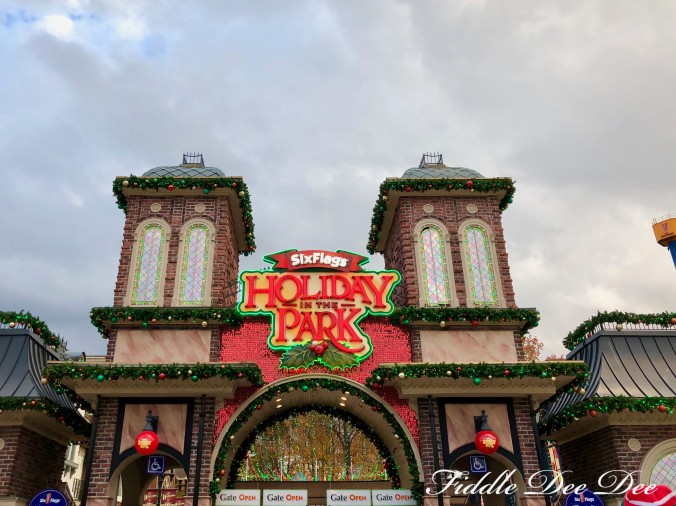 Six-Flags_Holiday-in-the-Park