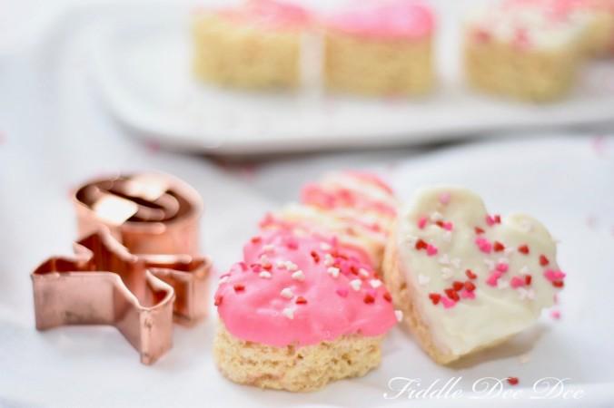 Happy-Valentines-Krispies-Treat   Fiddle Dee Dee