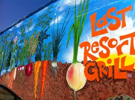 outside-mural