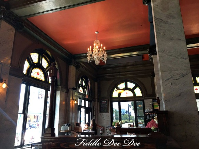 South-Kitchen-Bar-Athens | Fiddle Dee Dee