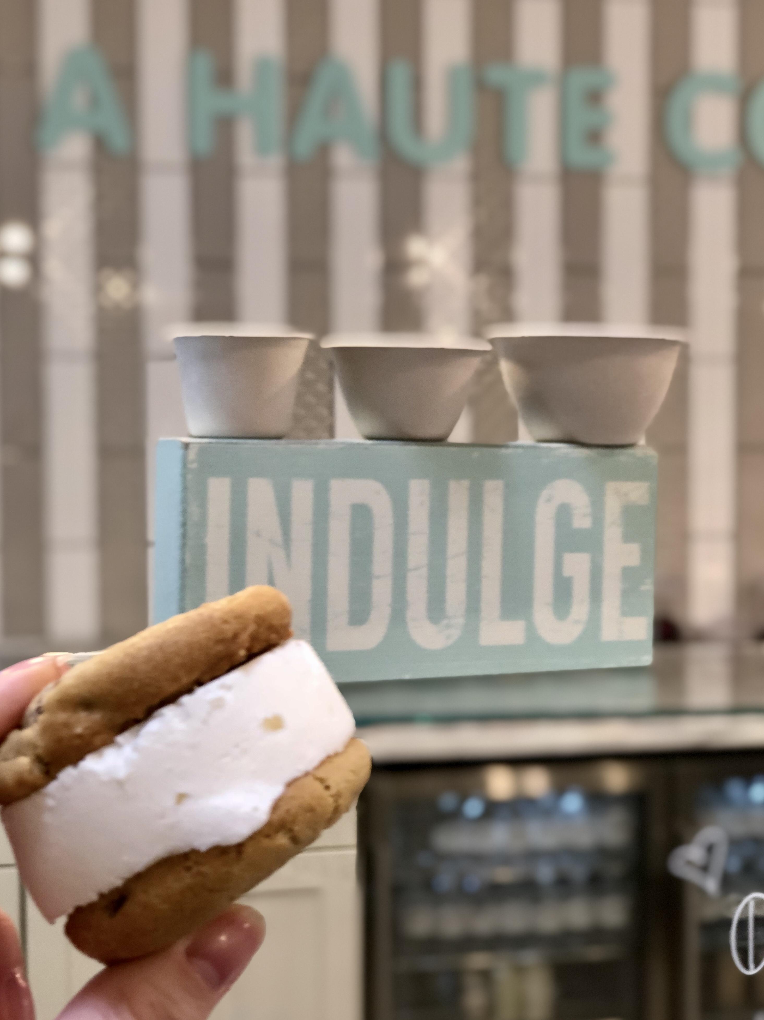 Ice Cream Sandwich - A Haute Cookie / Oh Fiddle Dee Dee
