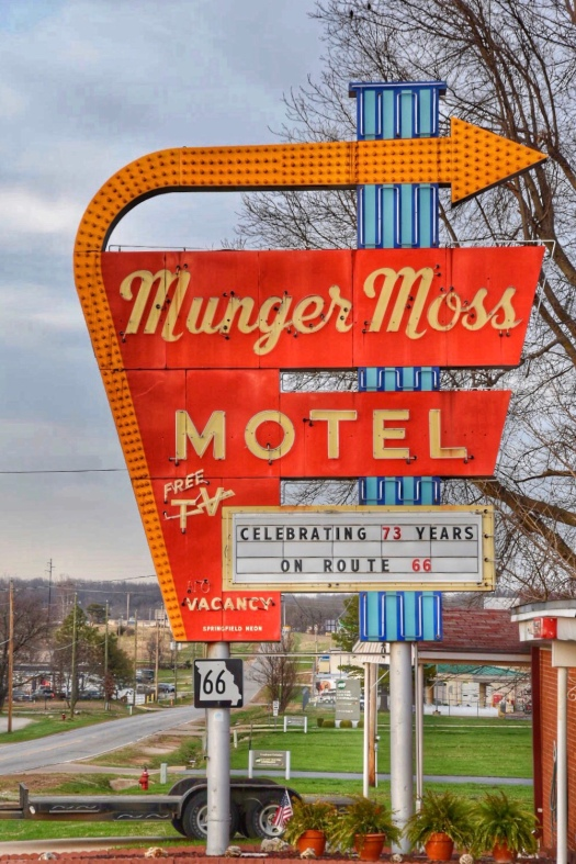 Munger-Moss Motel Route 66 / Oh Fiddle Dee Dee