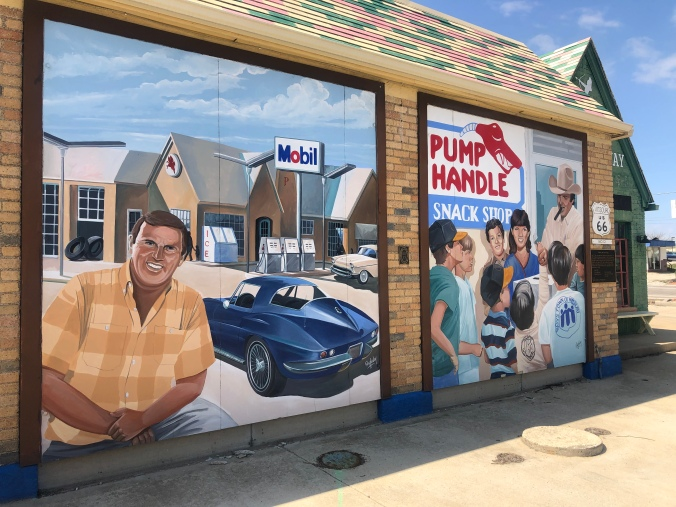 Mural City / Oh FIddle Dee Dee