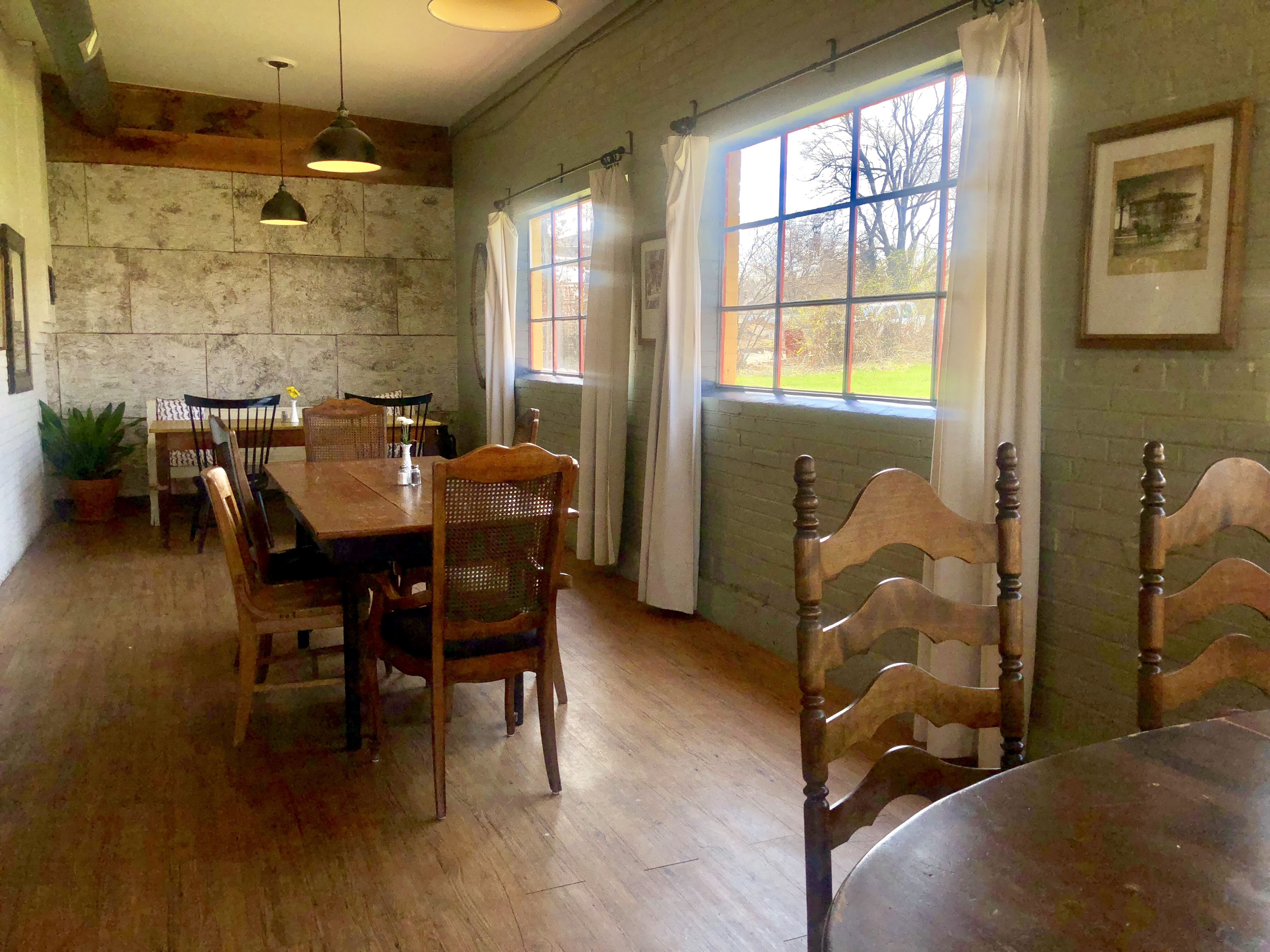The FourWay Dining Room / Oh FIddle Dee Dee