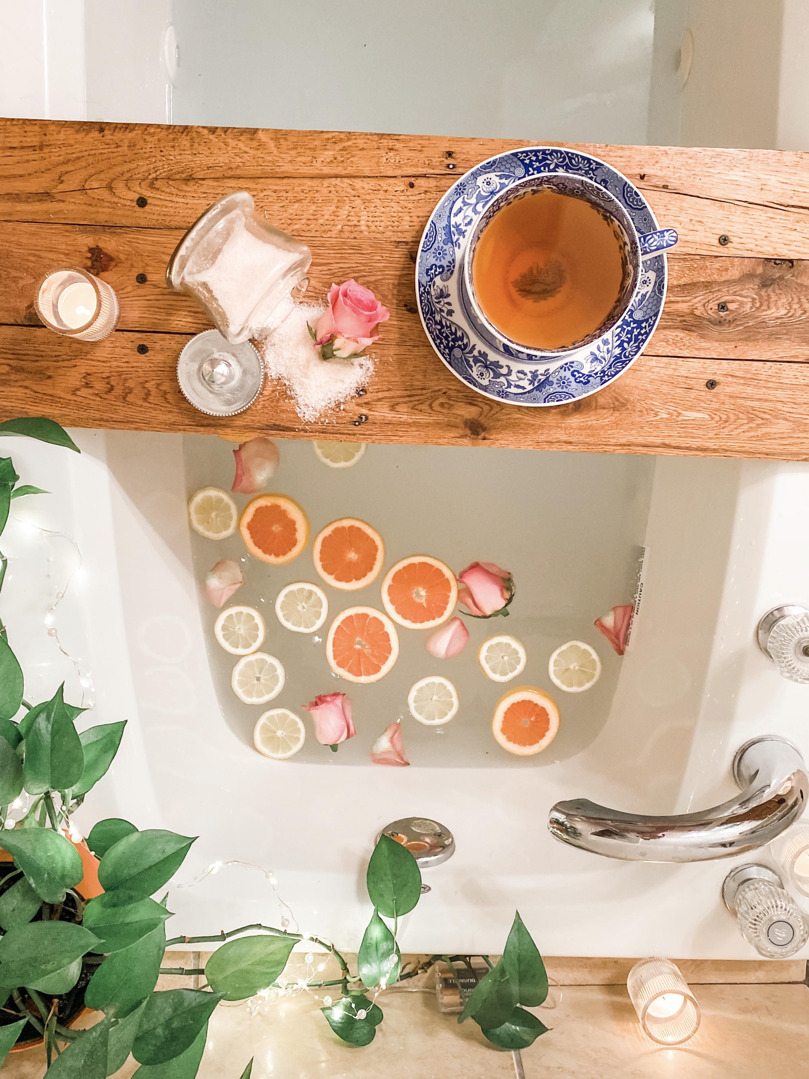 Bathtime / ohfiddledeedee.com